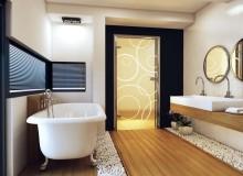 Стеклянные двери для ванной — сравниваем с туалетом