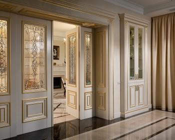Фото деревянных дверей — выбирай по душе