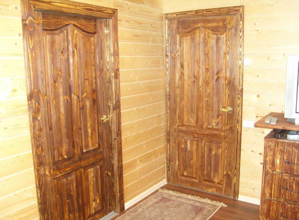 Конструкция деревянной двери для дачи и загородного дома