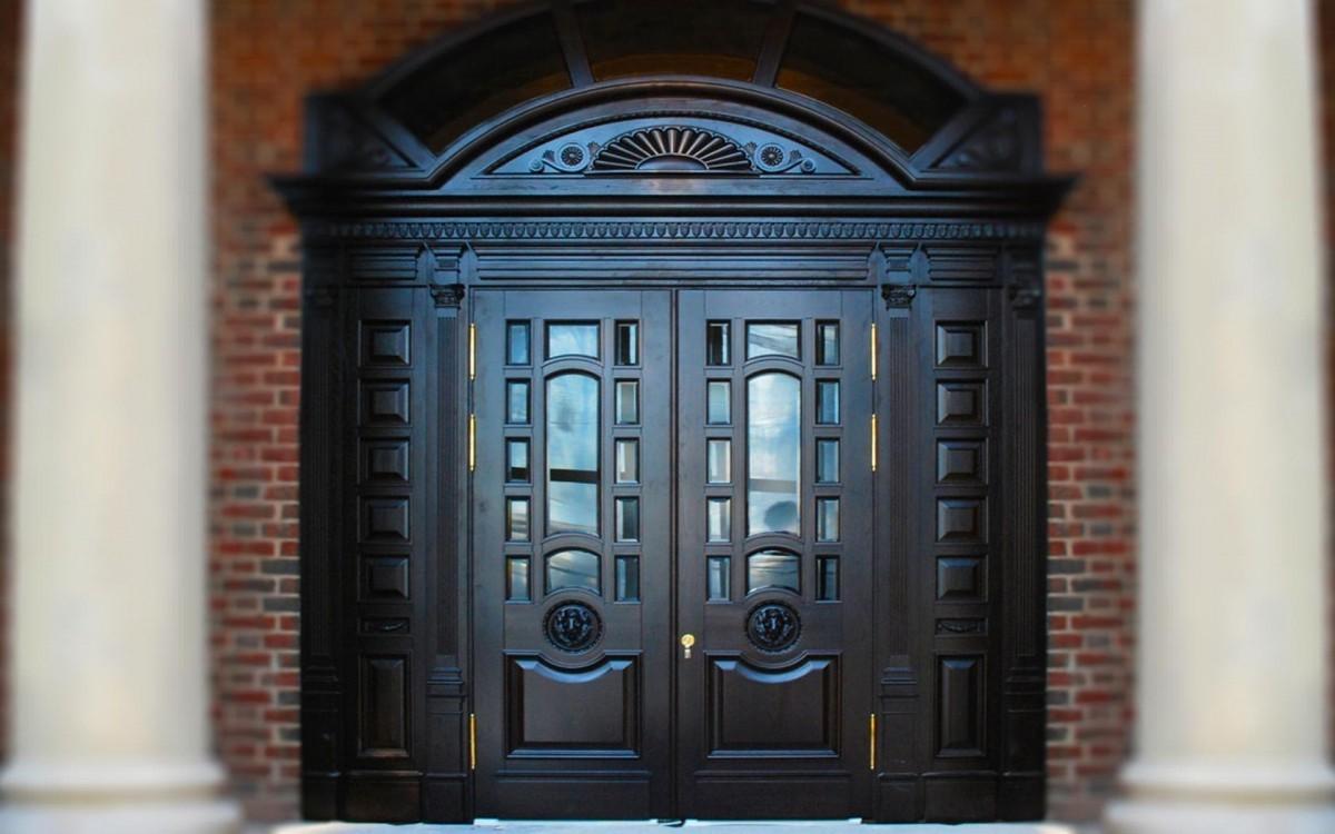В чем особенность элитных входных дверей
