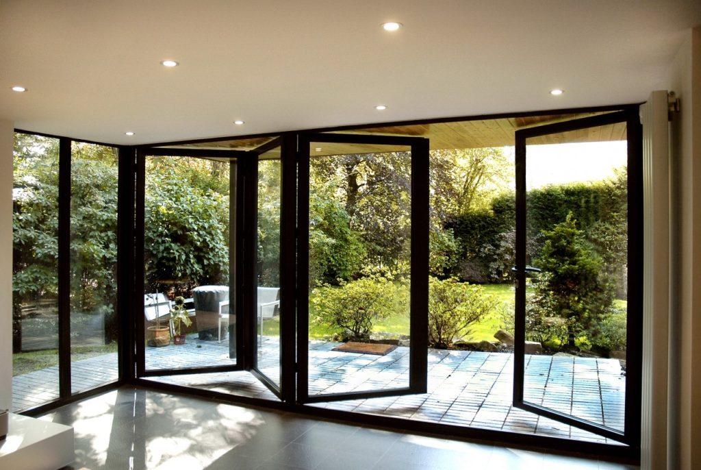Особенность теплых алюминиевых дверей и их характеристики