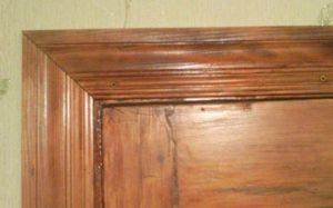 Подбор наличников на деревянные двери и их монтаж
