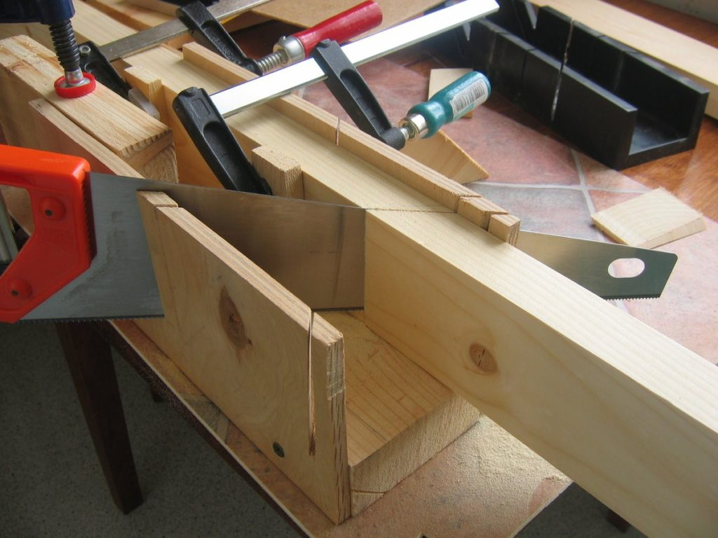 Пошаговая инструкция изготовления деревянной двери своими руками, какие инструменты потребуются