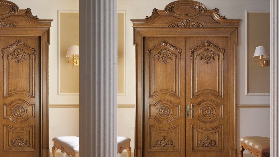 Из какого материала деревянные двери будут эксклюзивно выглядеть
