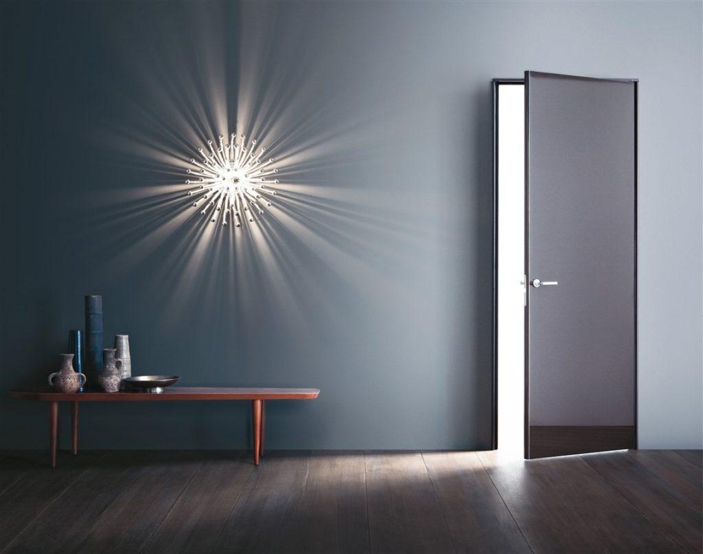Добавим стиля - двери с алюминиевой кромкой