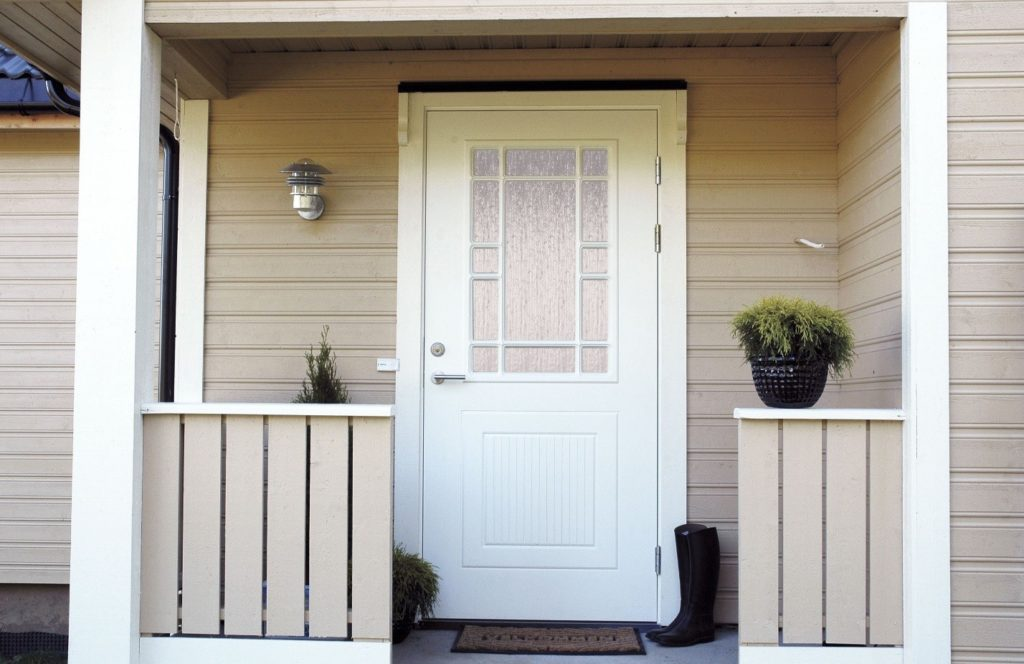 Входные двери со стеклопакетом - тепло или холодно