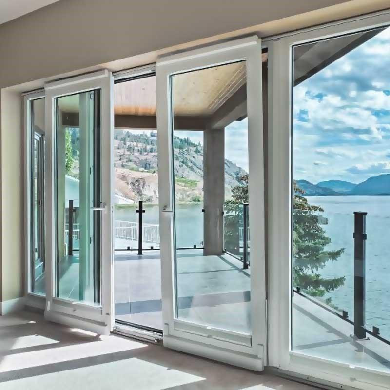 Стеклянная дверь на балкон - не везде такие