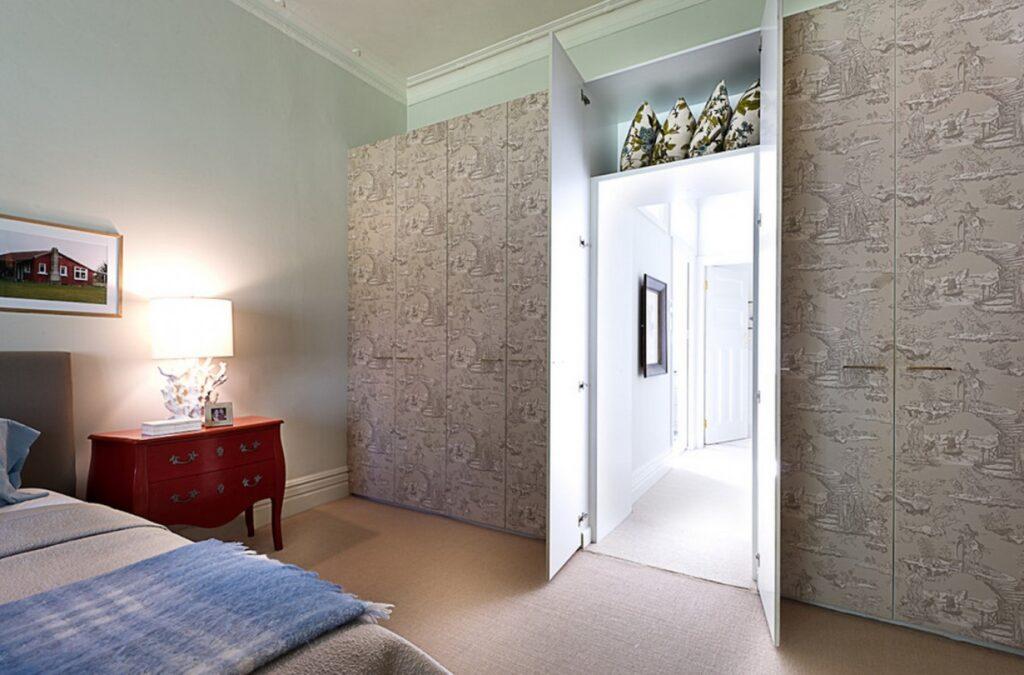 Секретная дверь и ее особенности