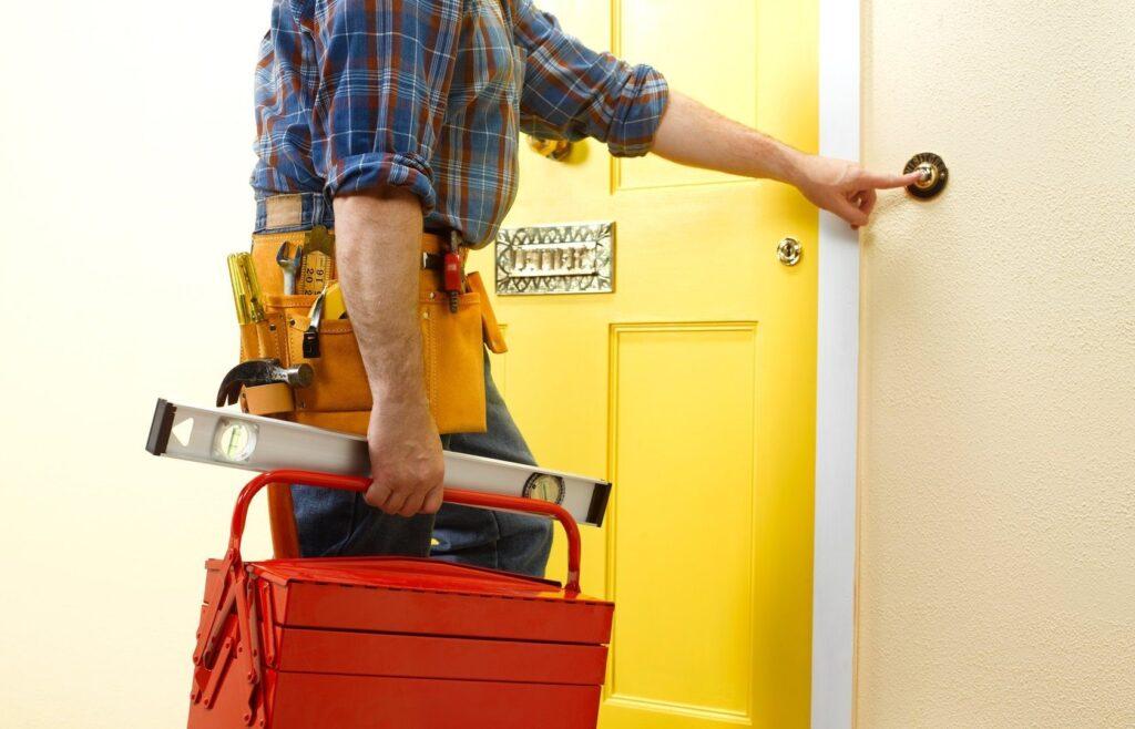Аварийная служба открывания дверей